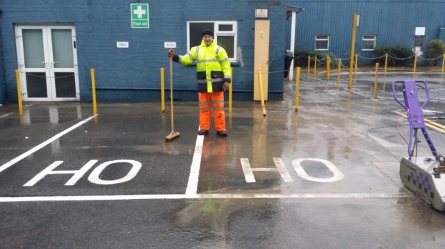 HoHoHo festive road marking removal